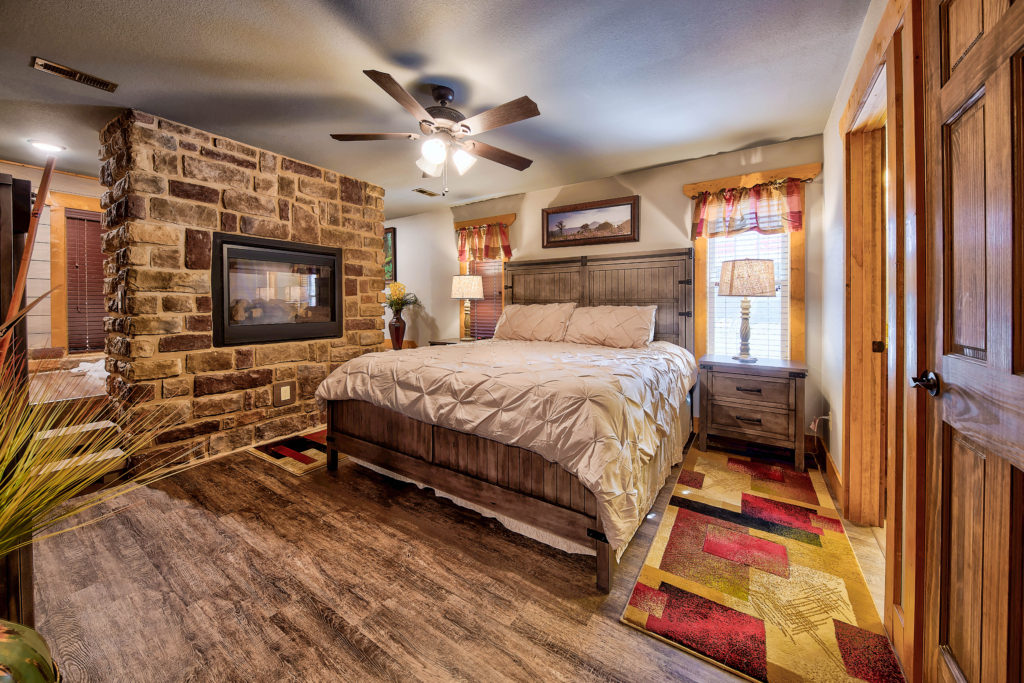 Cherokee Cottage-012